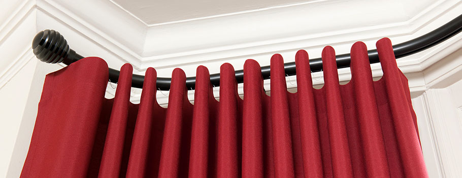 Silent Gliss 30mm Metropole with Groove Ball finial and Wave curtains